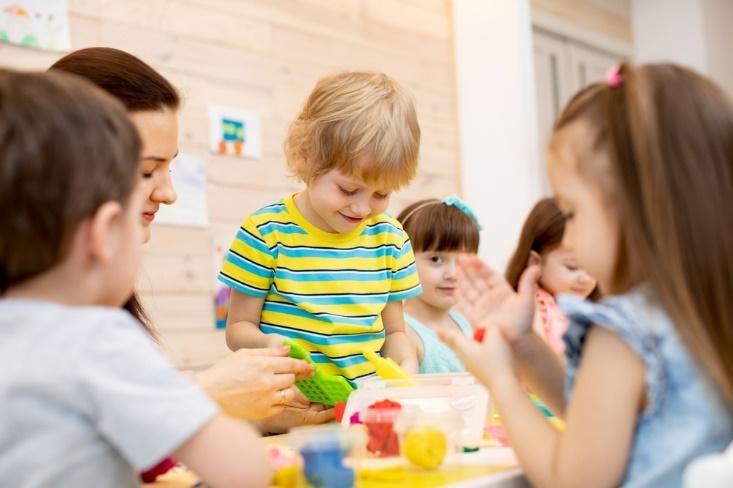 Как работать воспитателю с гиперактивным ребёнком?